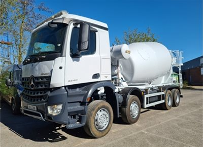 3 off Used MERCEDES / HYMIX model P10000SS 10m3 Standard Transit Concrete Mixers (2015)
